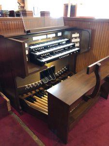 Allen G330i - Beech Cumberland Presbyterian Church, Hendersonville, TN